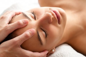 Kommunikative Körpertherapie KKT , Nuad Thai Yoga, Körpertherapie, Waltraud Slonek Yoga